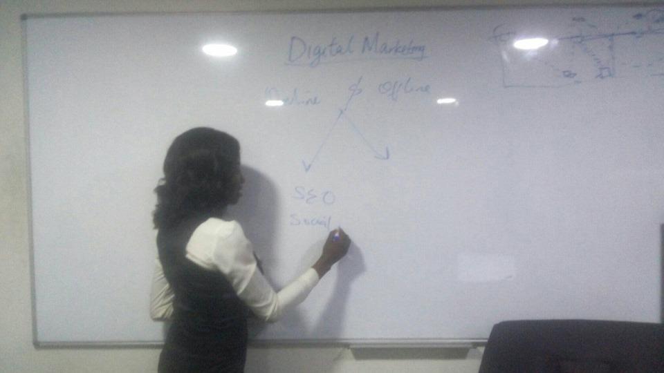 Josephine Teaching Digital Marketing at IIHT